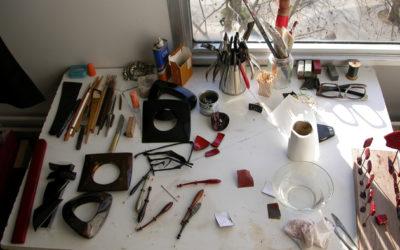 Dans l'atelier de laque de Salomé Lippuner