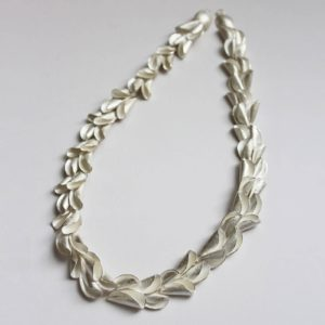 "Collier ""Curly Shell"""