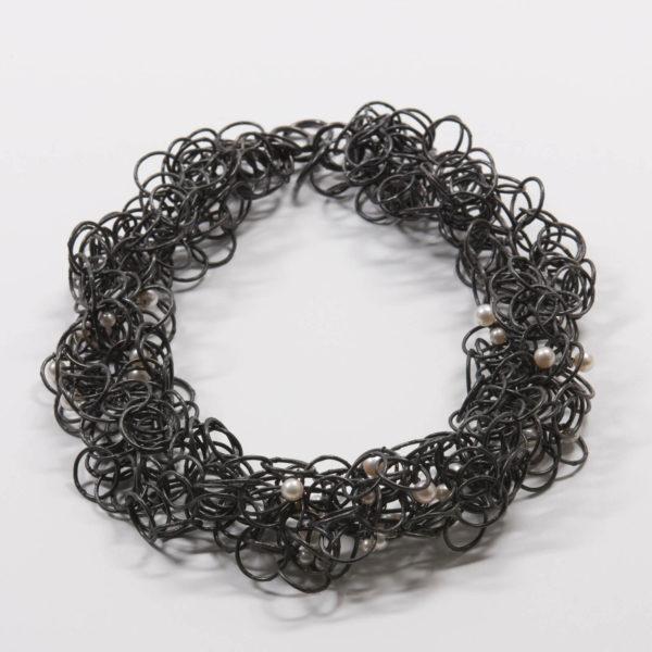 Collier Nid, Argent et Perles d'eau douce, Ambroise Degenève, Exposition Antinomie
