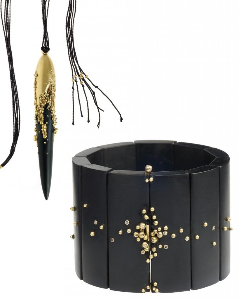 bijoux en jais et or de Jacqueline Cullen,  une des  10 créateurs britanniques